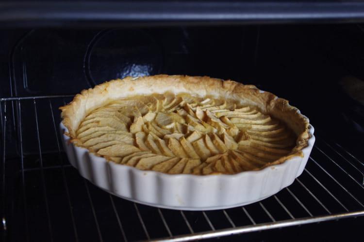 Recette Tarte aux pommes pour 6 personnes (facile)