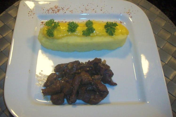 Coeurs de porc, purée et crème de poivrons