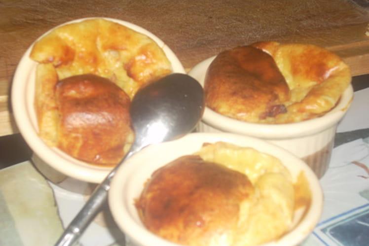 Soufflés au fromage et aux lardons