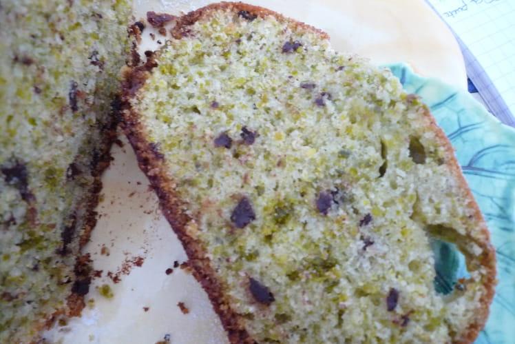 Cake pistache-pépites de chocolat