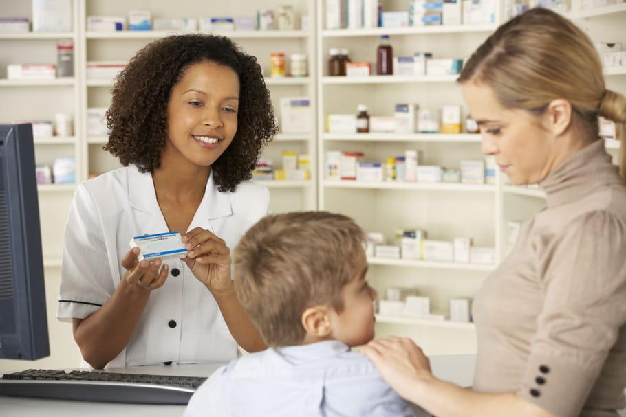 L'anti diarrhée Ercéfuryl contre-indiqué aux moins de 18ans