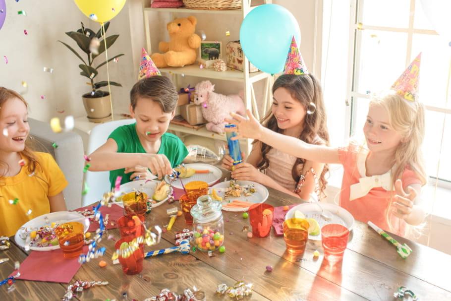 accrocher des jeux de fête
