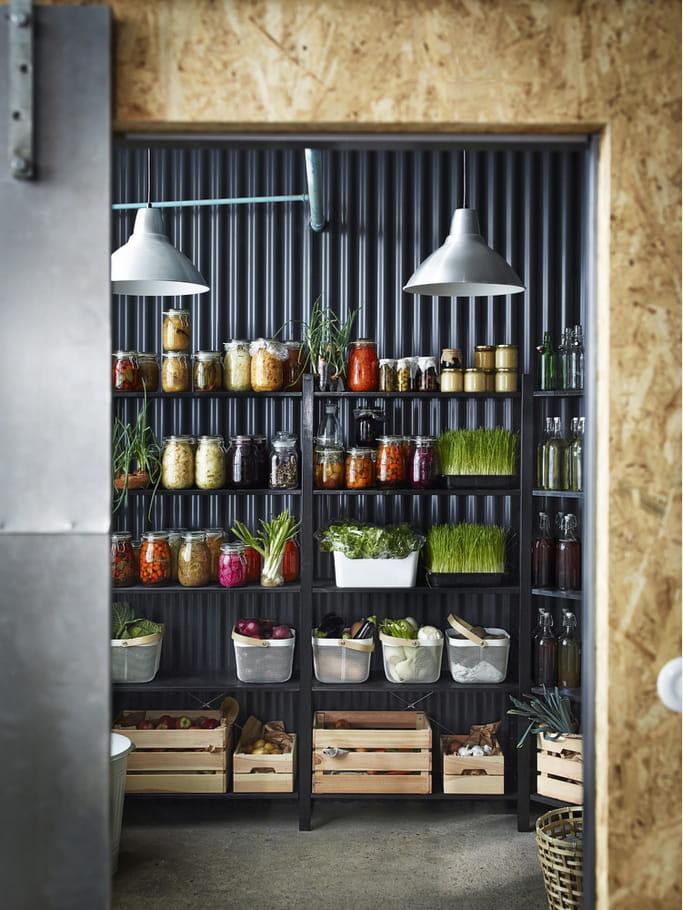les poubelles de tri pluggis d 39 ikea la cuisine ikea 2016 dans un style scandinave journal. Black Bedroom Furniture Sets. Home Design Ideas
