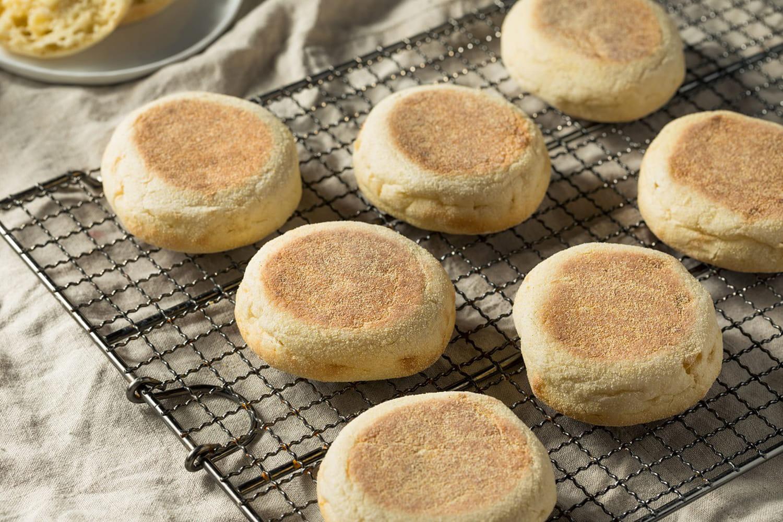 Vous n'aurez besoin que de 2ingrédients pour réaliser ces petits pains sans four!