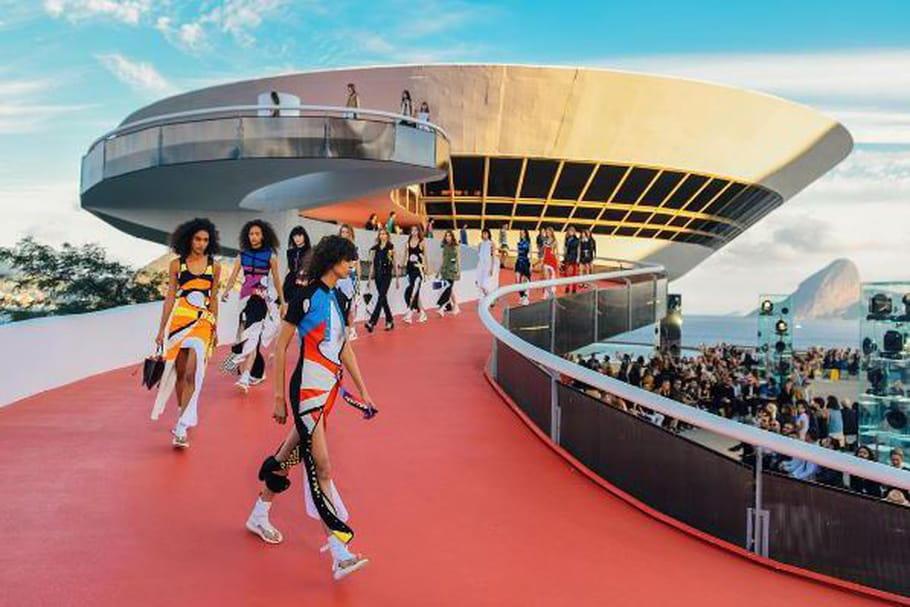 Louis Vuitton croisière 2017 sous le soleil de Rio