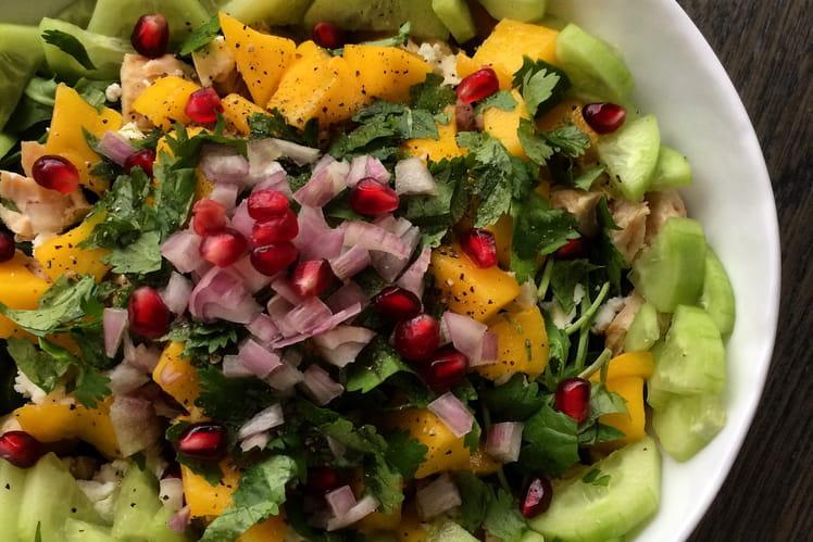 Salade de roquette, poulet, pomme de terre et mangue
