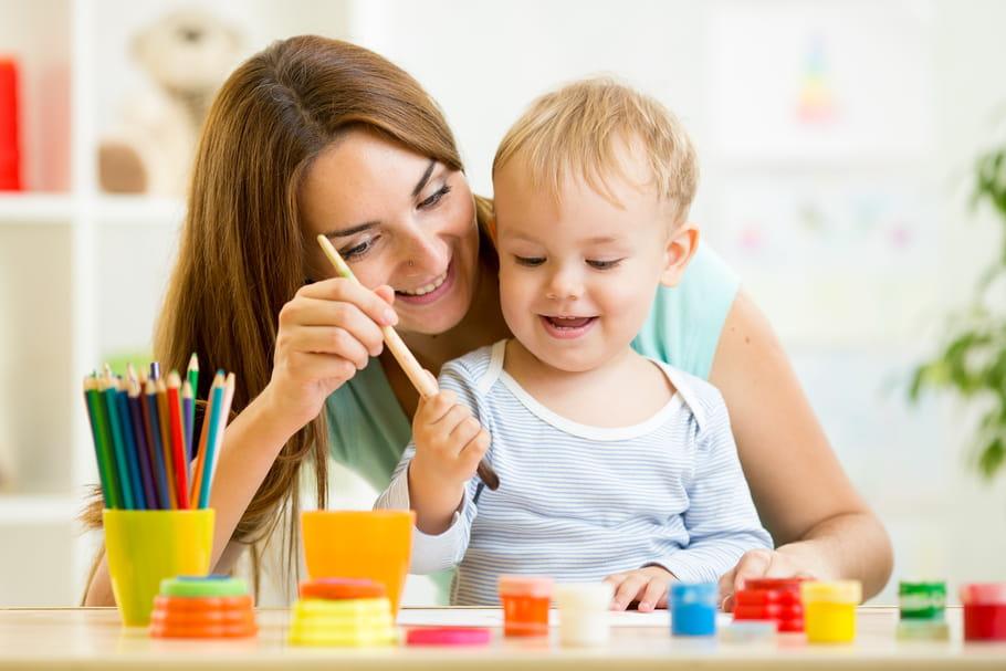 Arts plastiques, créativité... Quels bienfaits pour les enfants?