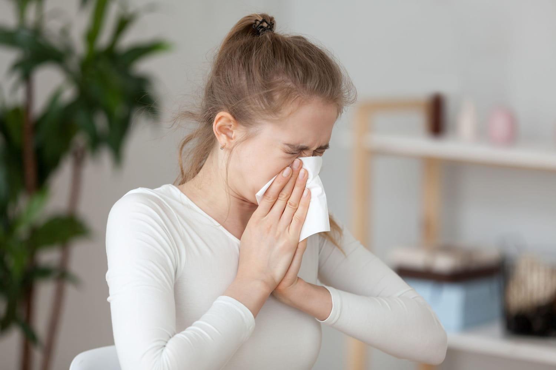 Allergie à la moisissure: symptômes de peau, traitements, prévention