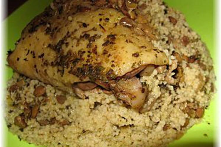 Couscous de poulet aux herbes et épices