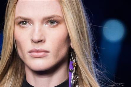Versace (Close Up) - photo 21