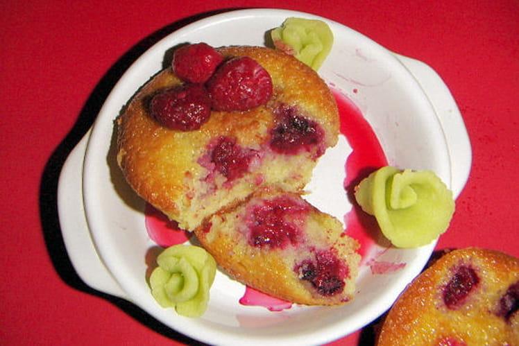 Moelleux aux framboises et crème d'amande à la ricotta