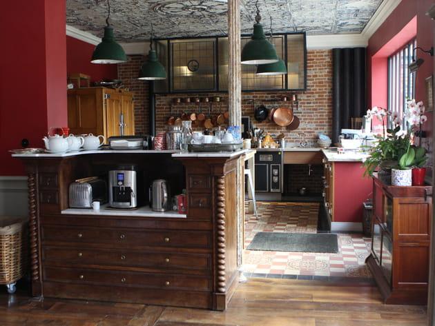 Une cuisine ouverte à la déco de charme