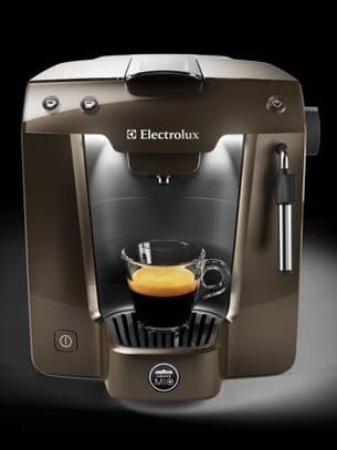 Machine caf lavazza et electrolux - Machine a cafe electrolux ...