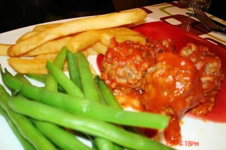 Boulettes de viande, sauce tomate