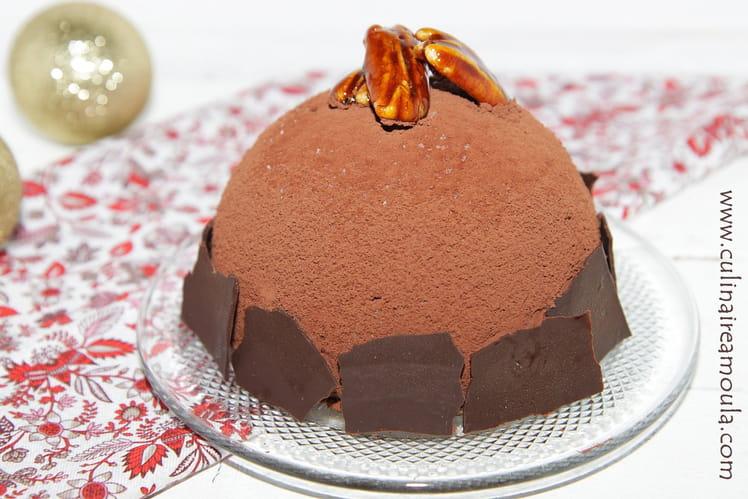 Dessert Bombe glacée au chocolat, érable et noix de pécan caramélisées