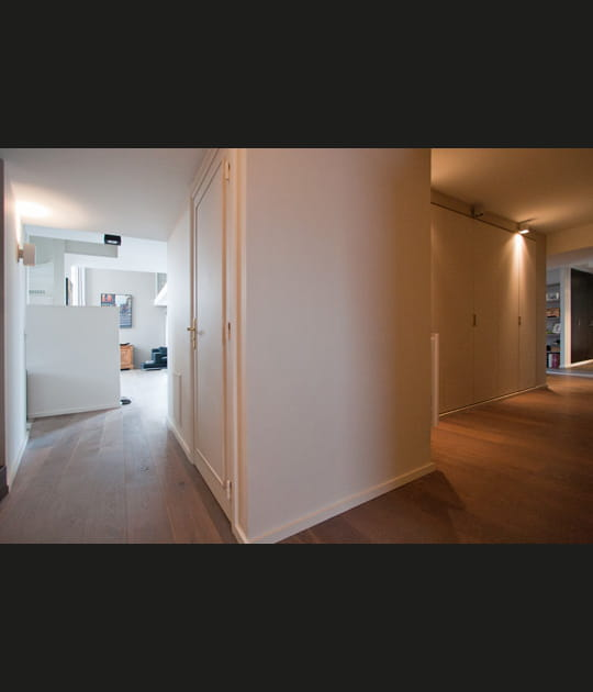 Un couloir désaxé par rapport à la géométrie de l'appartement