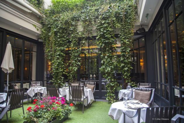 La terrasse de l'hôtel Burgundy à Paris