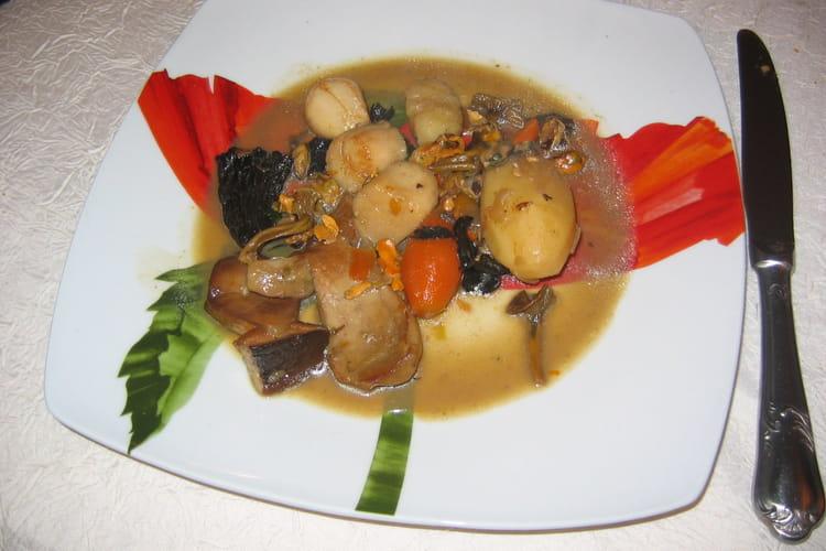 Coquillages aux petits légumes et champignons