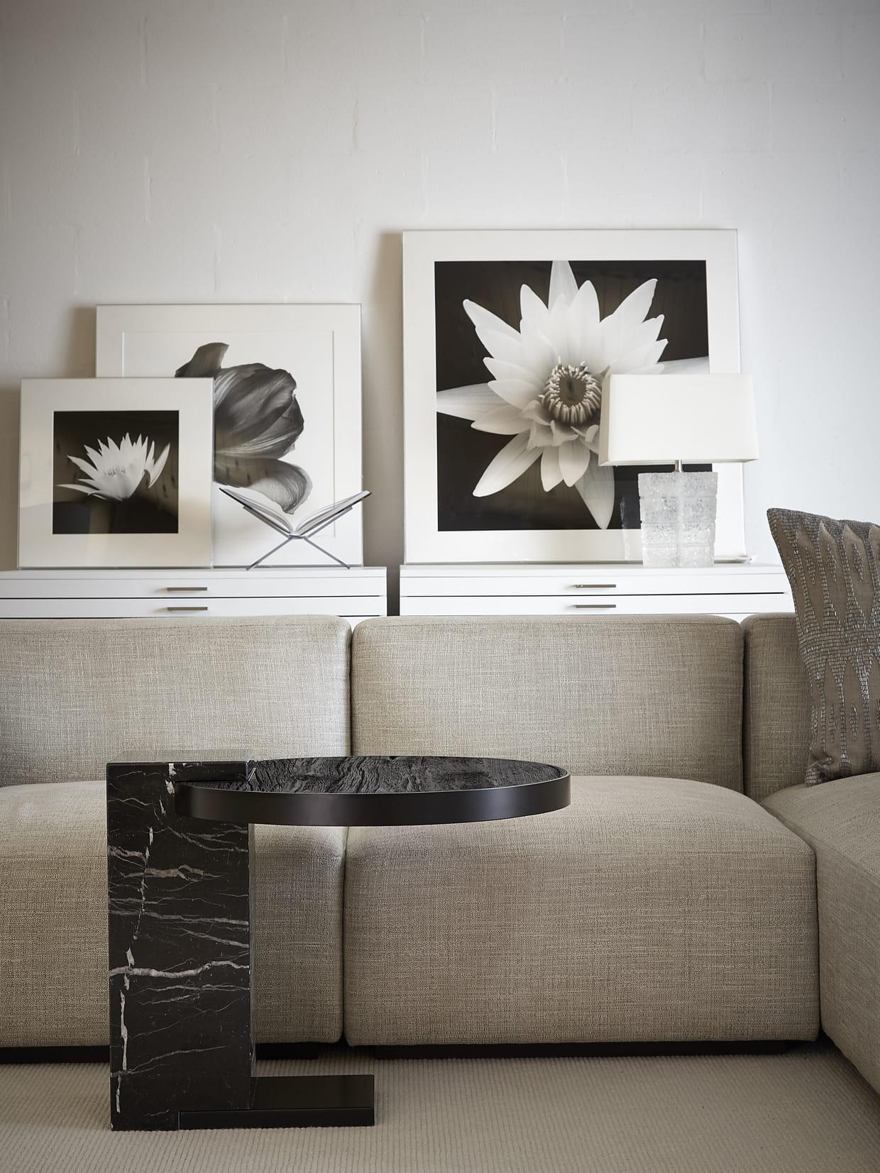 table herv par barn in the city. Black Bedroom Furniture Sets. Home Design Ideas