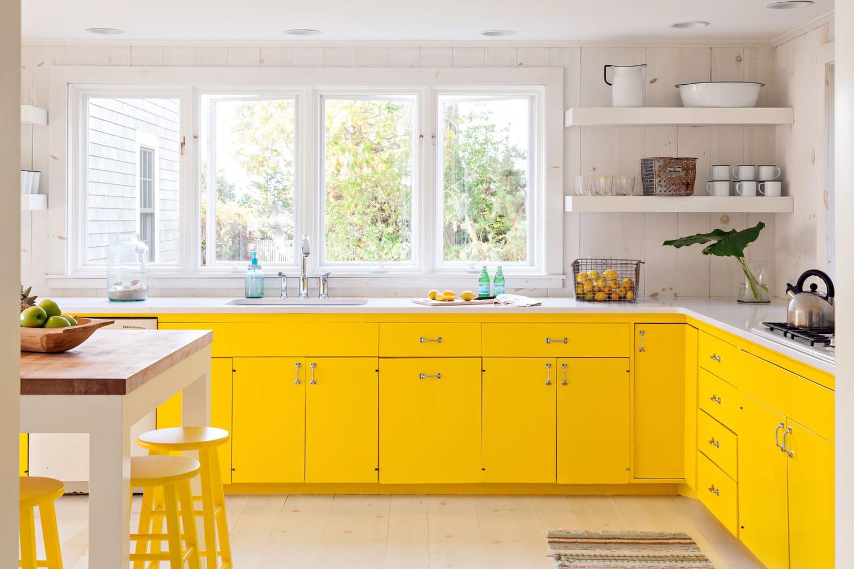 Cuisine jaune: idées déco et conseils pour une pièce lumineuse