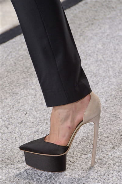 Giambattista Valli (Close Up) - photo 2