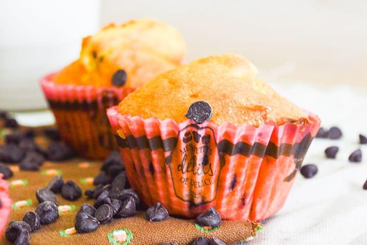 Muffins aux pépites de chocolat blanc et noir
