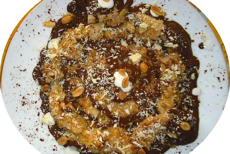 Carrefour de poire et banane salées aux cacahuètes