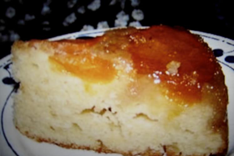 Gâteau de la femme pressée aux abricots