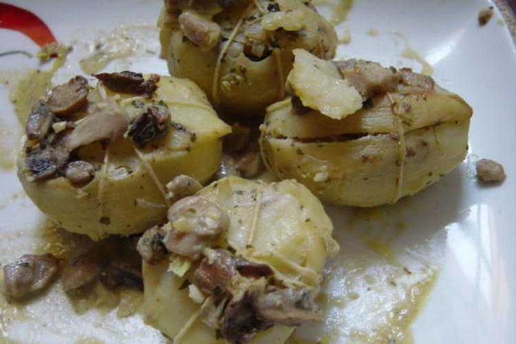 Pommes de terre farcies aux champignons