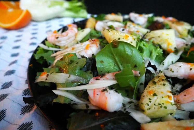 Salade aux crevettes, ananas et fenouil