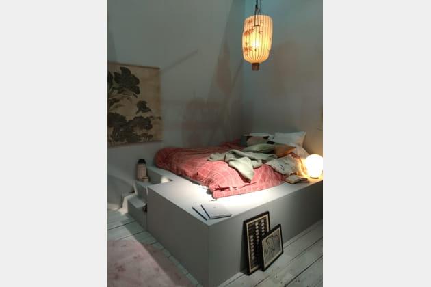 Le lit sur estrade par HK living