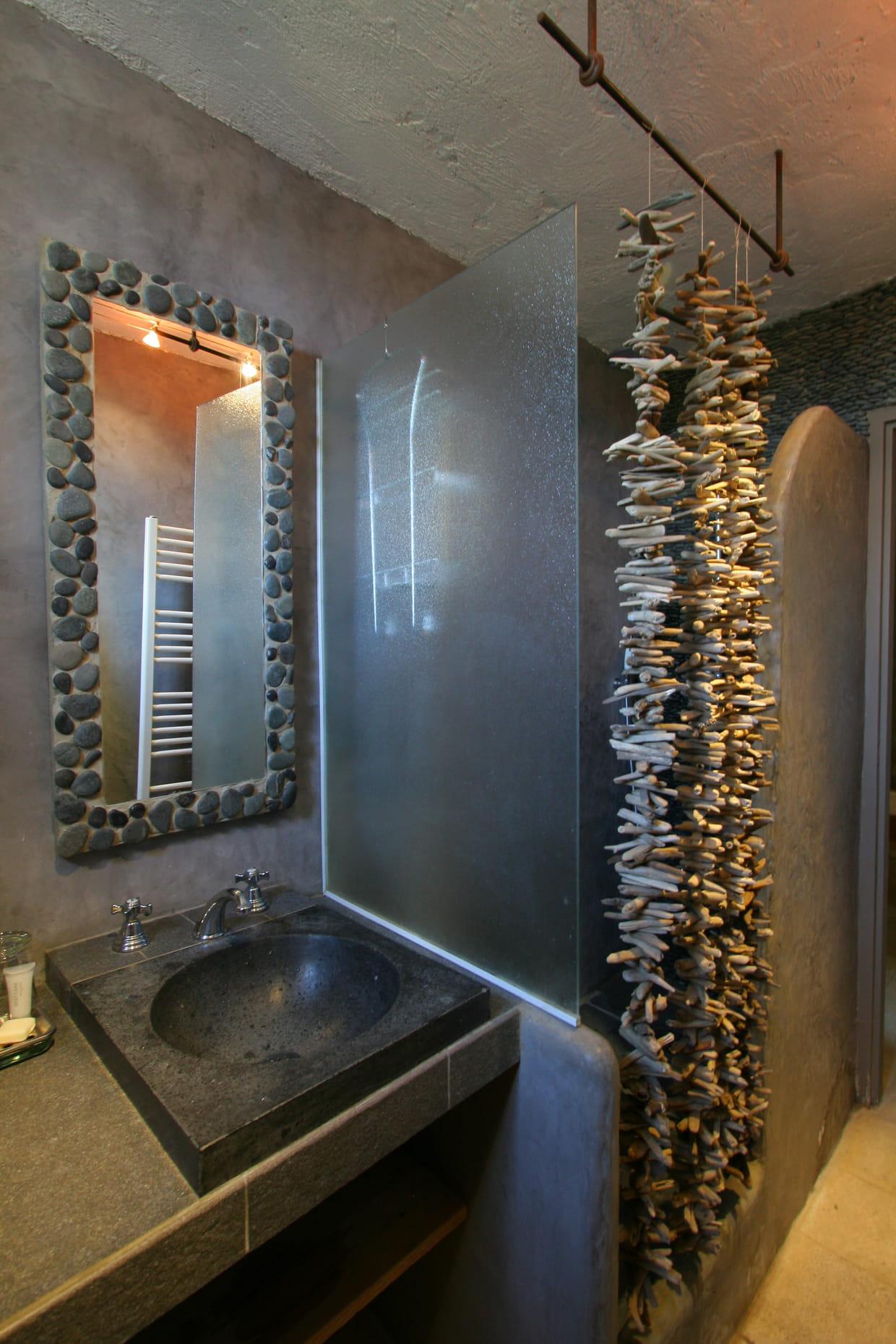 une salle de bains effet bton - Salle De Bain Effet Bton
