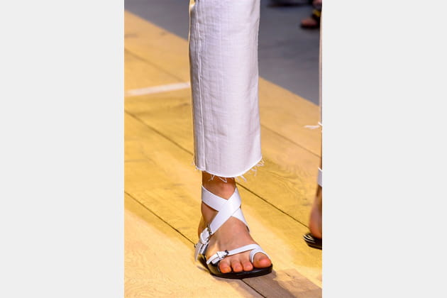 Christian Dior (Close Up) - photo 23