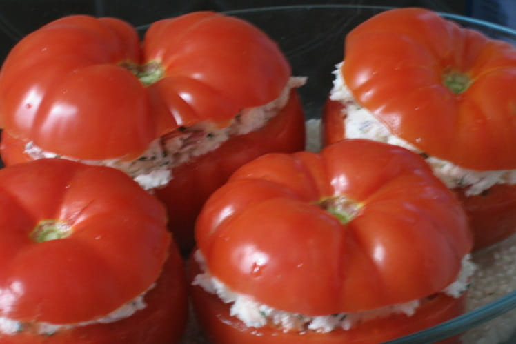Tomates farcies au chèvre frais