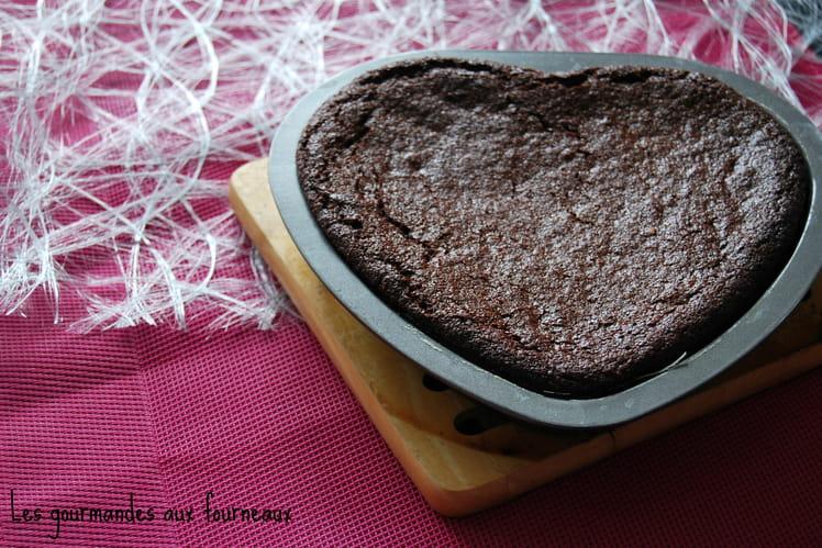 Gâteau fondant au chocolat et noisette