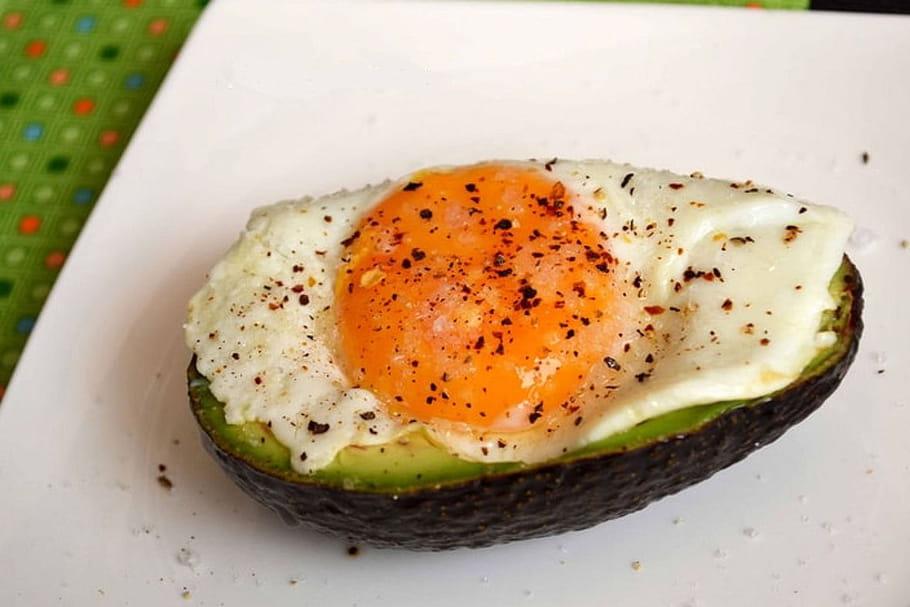 Comment avoir œufs au plat parfaits