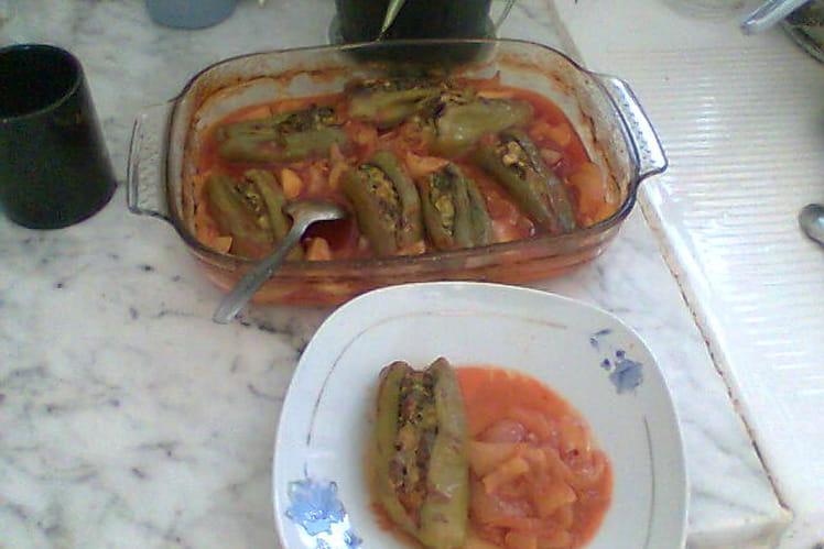 Poivrons farcis en sauce
