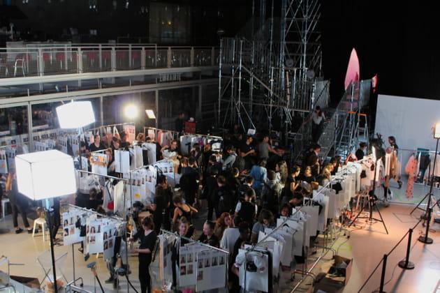Emportées par la foule des backstages