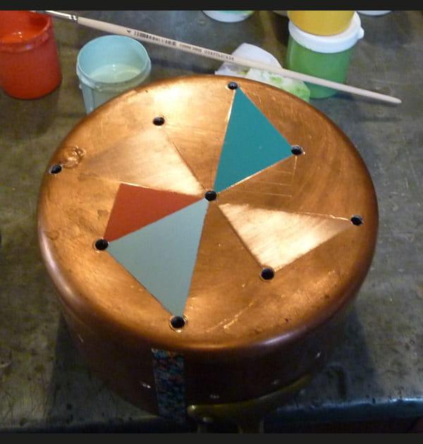 DIY: upcycler une casserole en lampe tendance