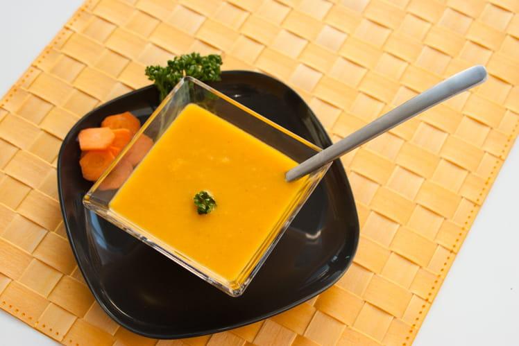 Soupe Froide de Carotte Orange & Coriandre accompagnée d'un dos de cabillaud sur ratatouille safranée