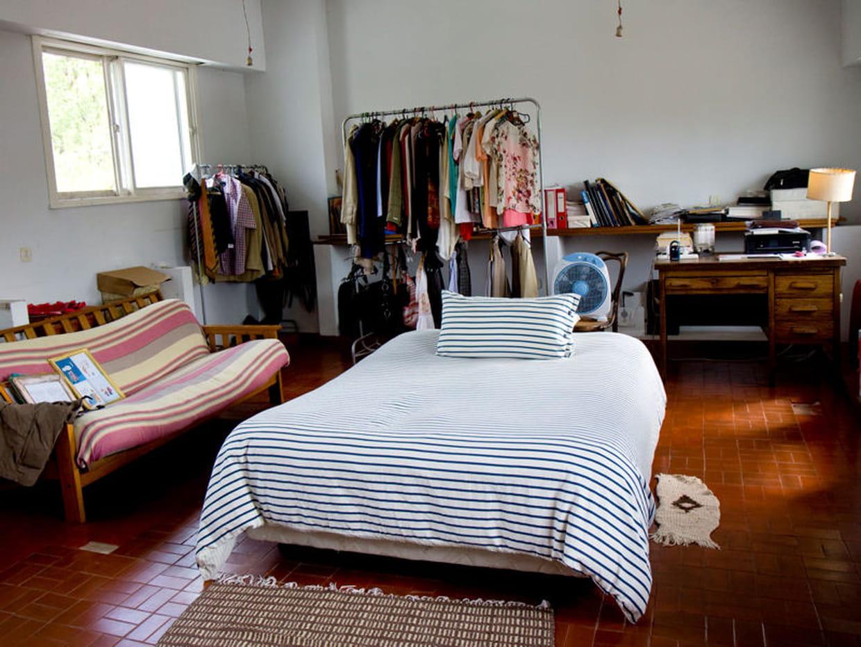 une chambre au look boh me. Black Bedroom Furniture Sets. Home Design Ideas