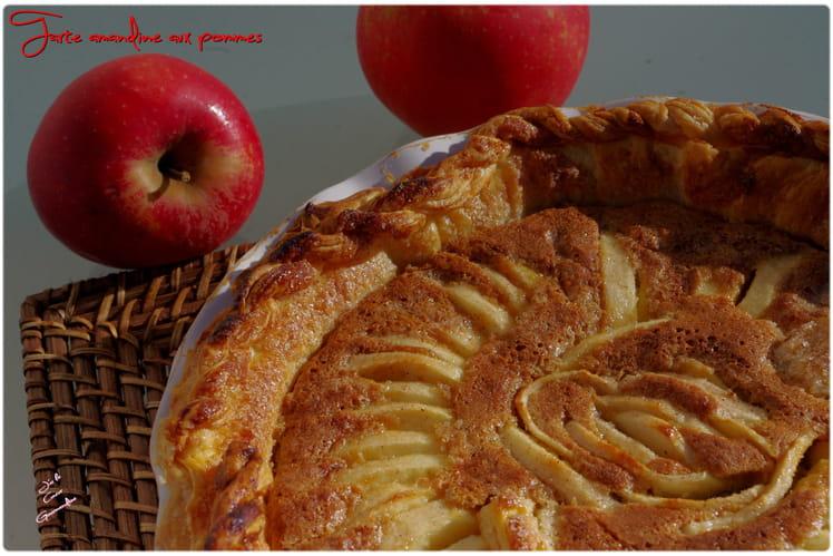 Tarte amandine aux pommes de Cyril Lignac