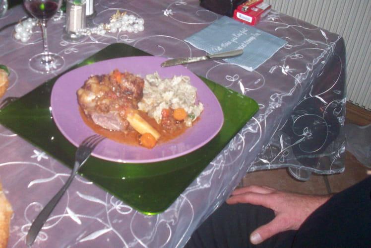Souris d'agneau à la tomate et vin blanc sec
