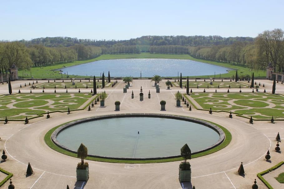 Comment aménager un jardin à la française?