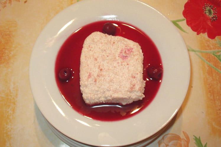 Entremets gourmand aux  biscuits roses de Reims