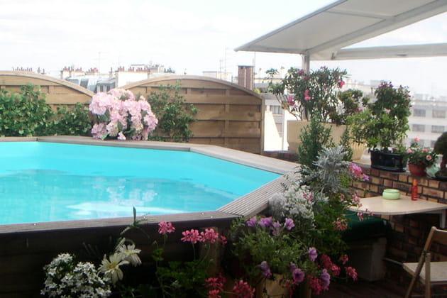 Une piscine sur les toits de Paris