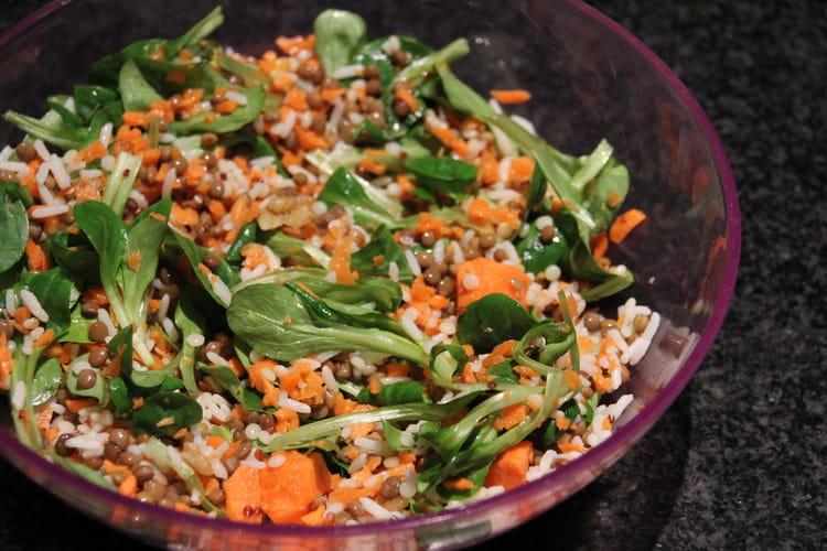 Salade de blé aux lentilles, quinoa et riz