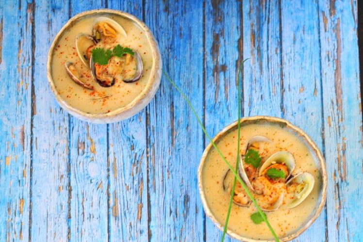 Soupe thaï aux palourdes