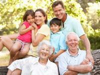 les grands-parents doivent rester à leur place.