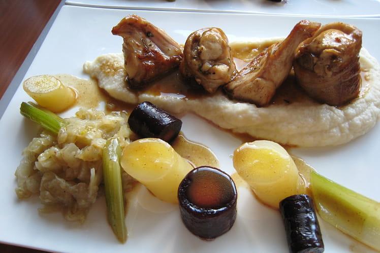 Lapin au romarin, purée de pomme de terre au macis, compotée de fenouil et quelques légumes glacés au jus